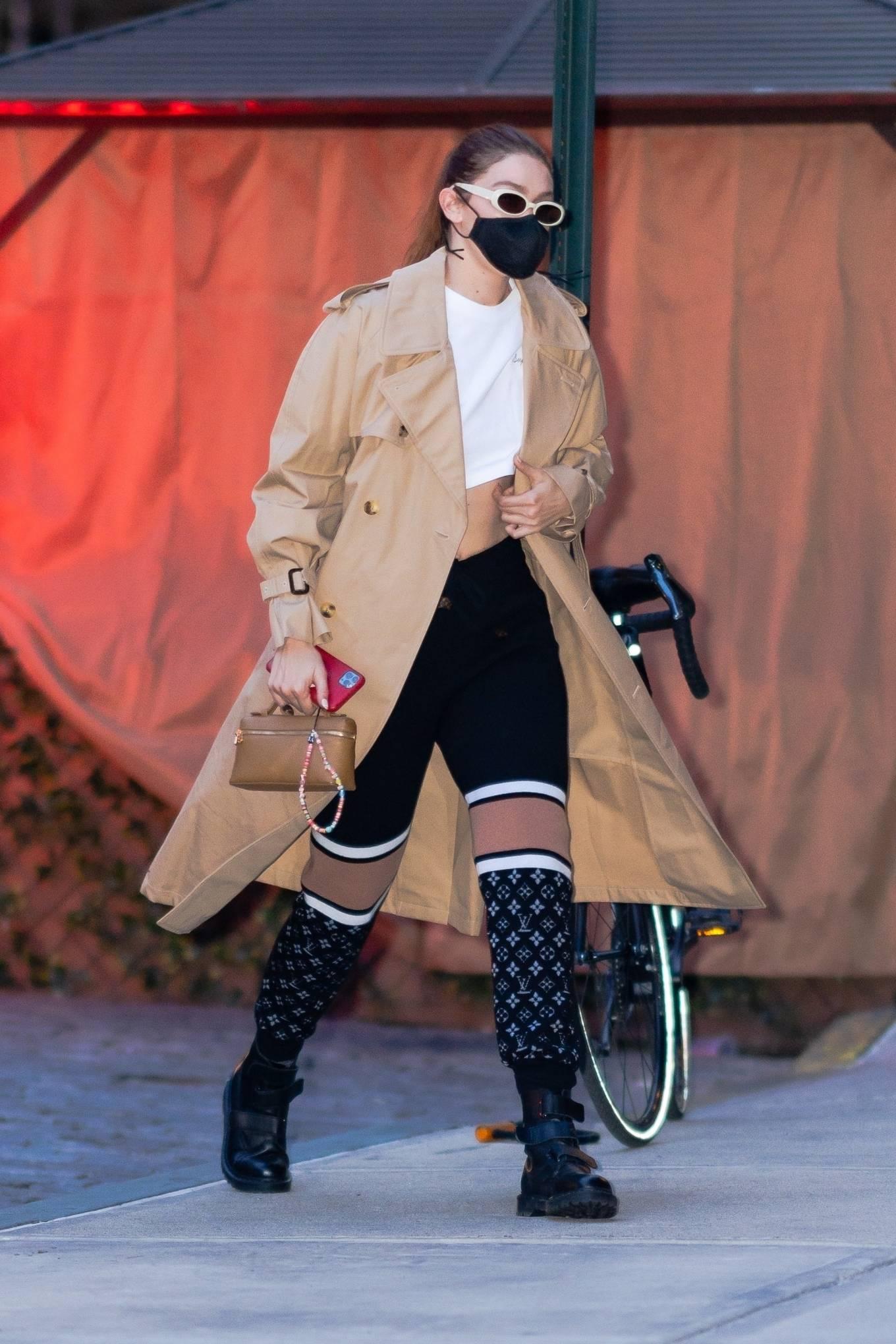 Gigi Hadid 2021 : Gigi Hadid – Seen after shooting for Maybelline in New York-03