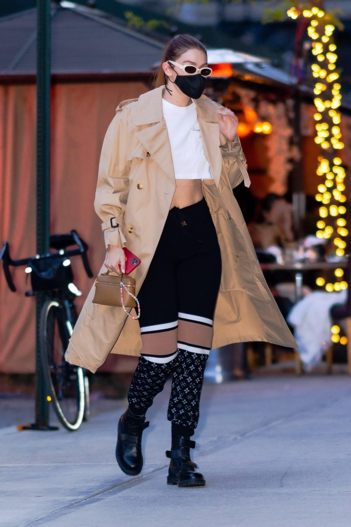 Gigi Hadid 2021 : Gigi Hadid – Seen after shooting for Maybelline in New York-14