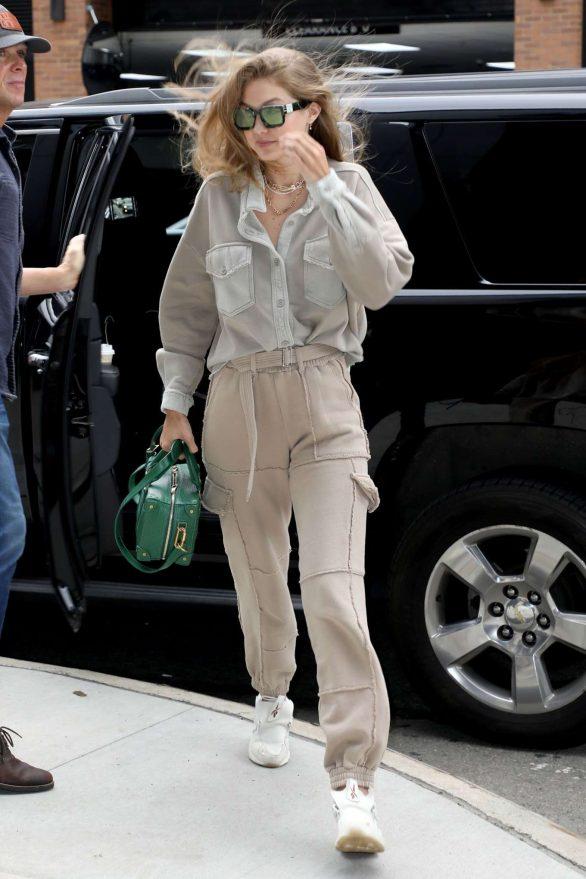 Gigi Hadid 2019 : Gigi Hadid – Seen arriving at the Barclays Center in Brooklyn-02