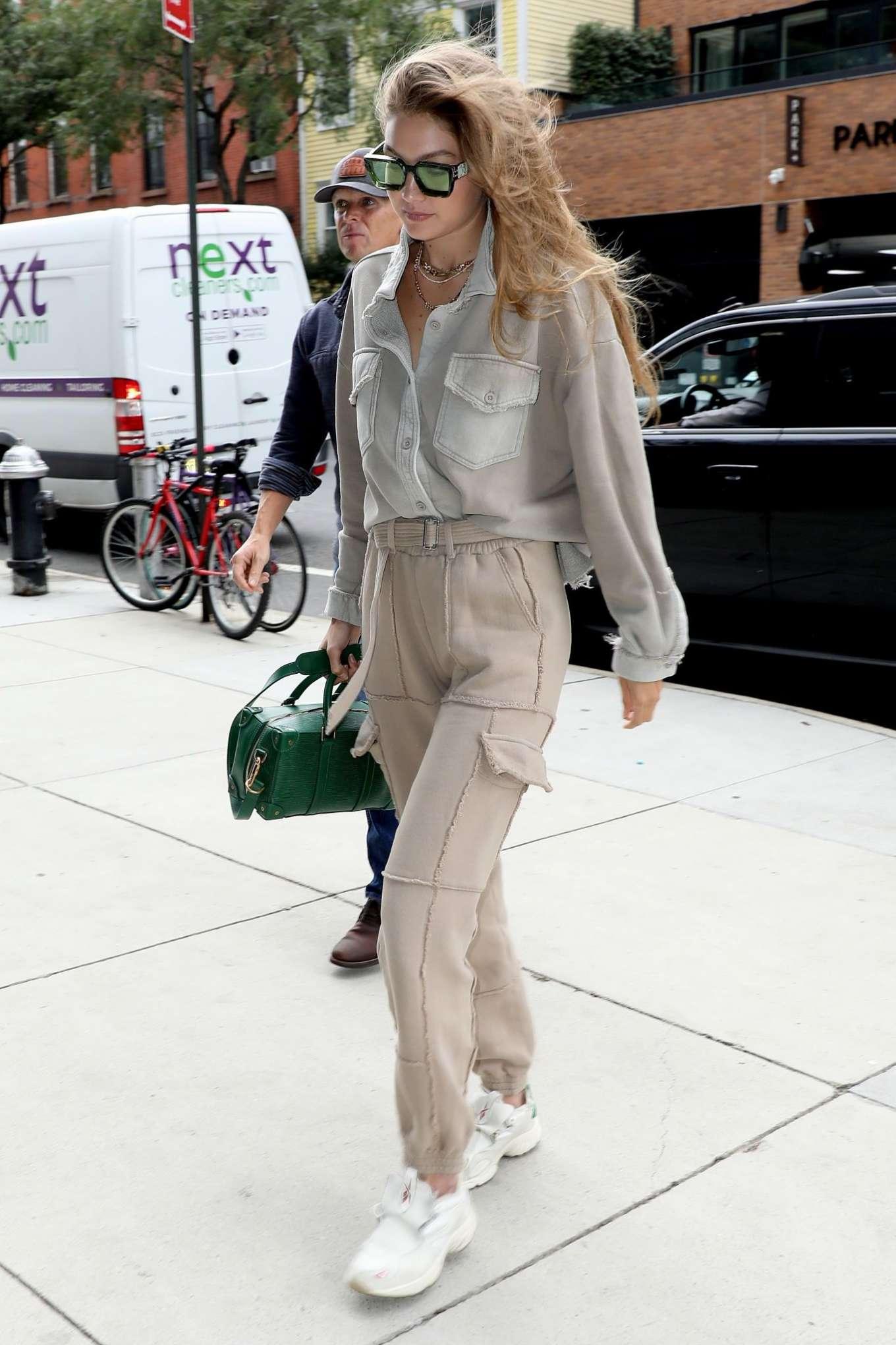 Gigi Hadid 2019 : Gigi Hadid – Seen arriving at the Barclays Center in Brooklyn-05