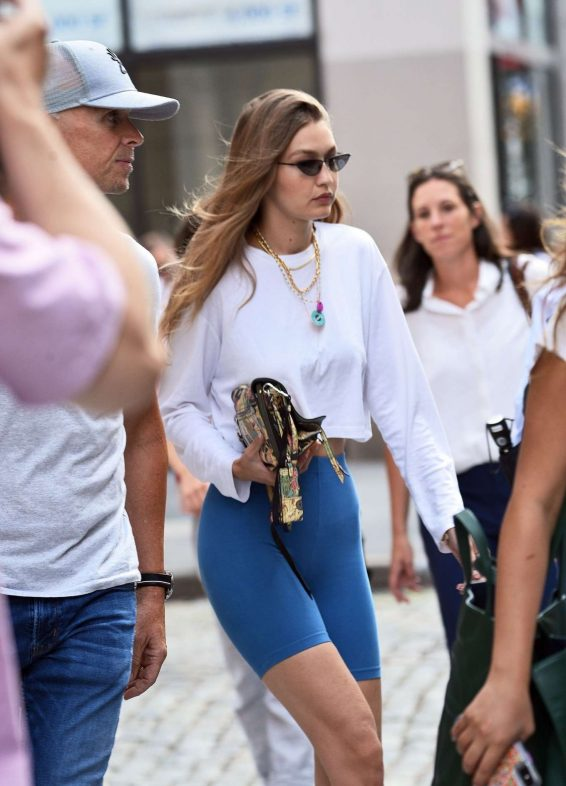 Gigi Hadid 2019 : Gigi Hadid – Steps out of her apartment in NYC-03