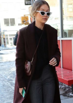 Gigi Hadid - Steps out on a cold day in NYC
