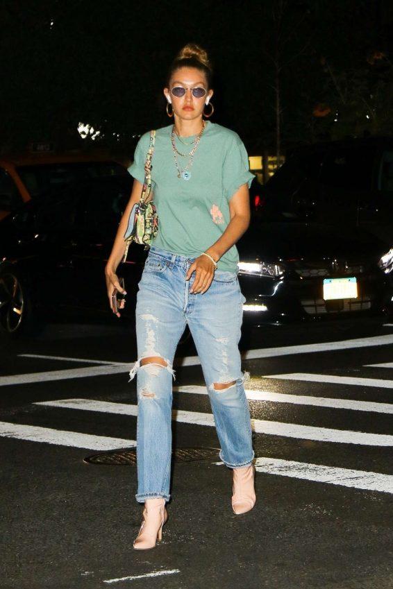 Gigi Hadid 2019 : Gigi Hadid – Takes an afternoon stroll in NYC-10