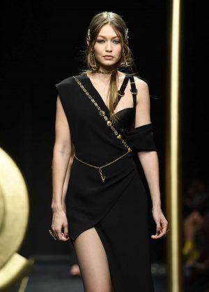 Gigi Hadid - Versace Runway Show in Milan