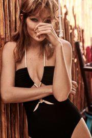 Gigi Hadid - Vogue Mexico Magazine (June 2019)
