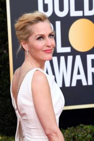 Gillian Anderson - 2020 Golden Globe Awards in Beverly Hills