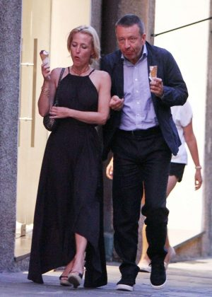 Gillian Anderson and Peter Morgan at a romantic dinner in Portofino