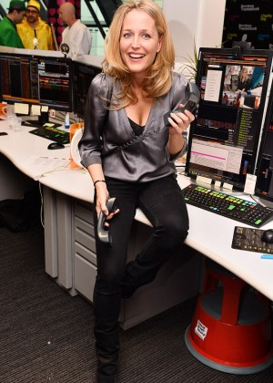 Gillian Anderson - Bloomberg Tradebook's Charity Day in London