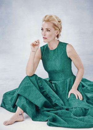 Gillian Anderson - Harper's Bazaar UK (December 2016)