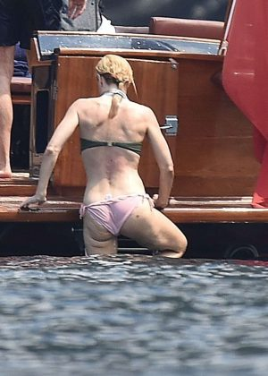 Gillian Anderson In Bikini In Portofino