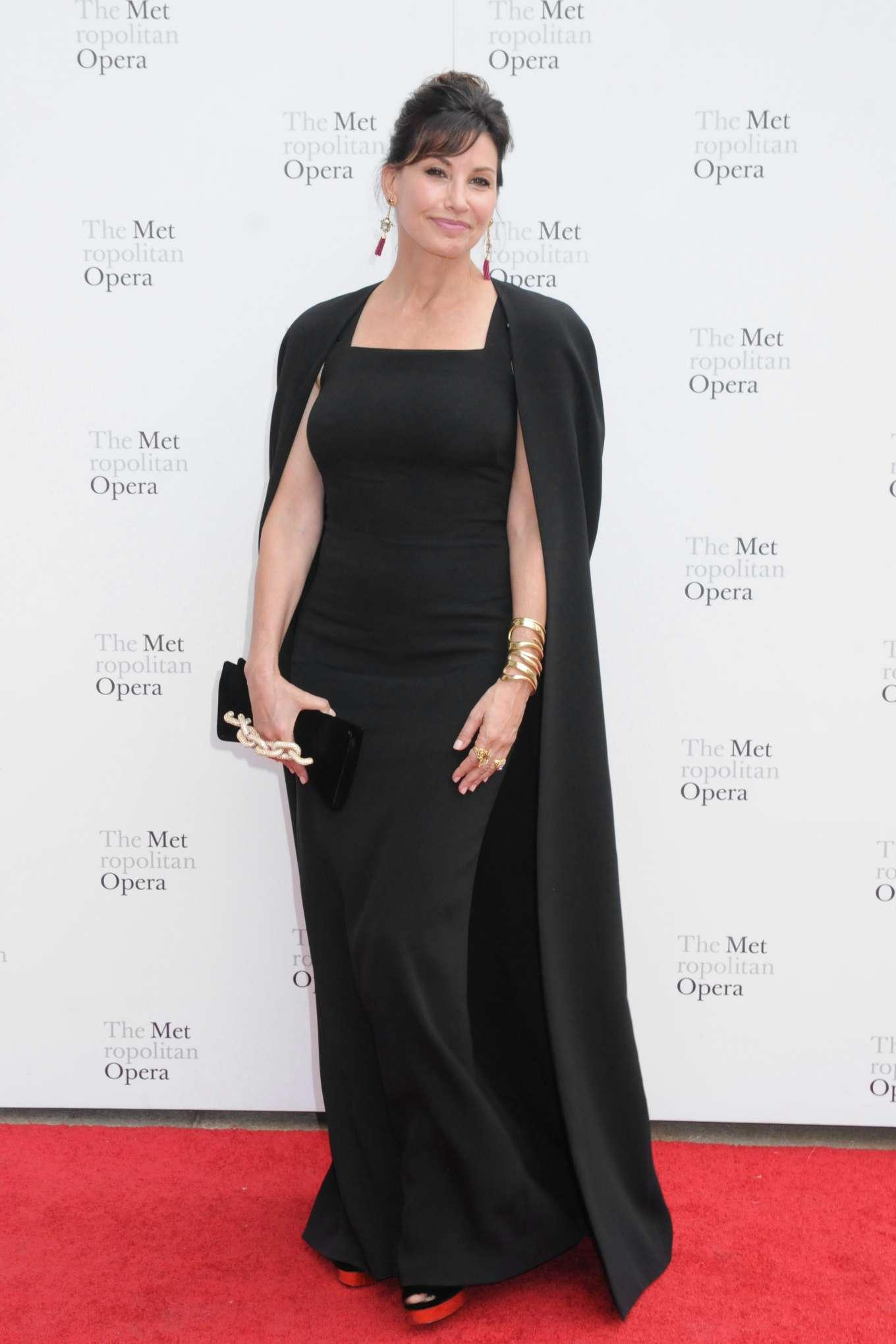 Gina Gershon 2019 : Gina Gershon – Metropolitan Opera 2019 Opening Night Gala-02