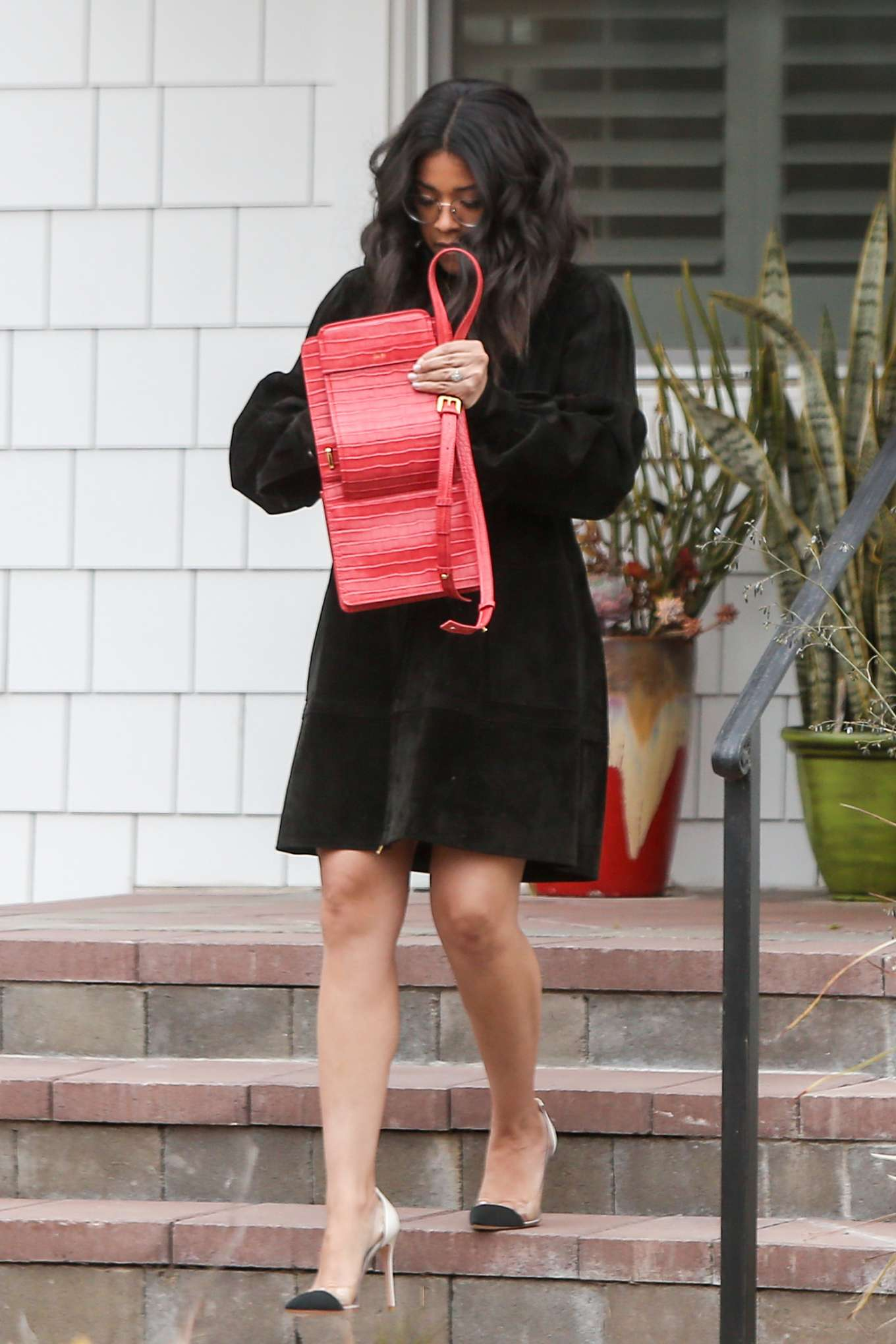 Gina Rodriguez 2019 : Gina Rodriguez: Out in Los Angeles -08
