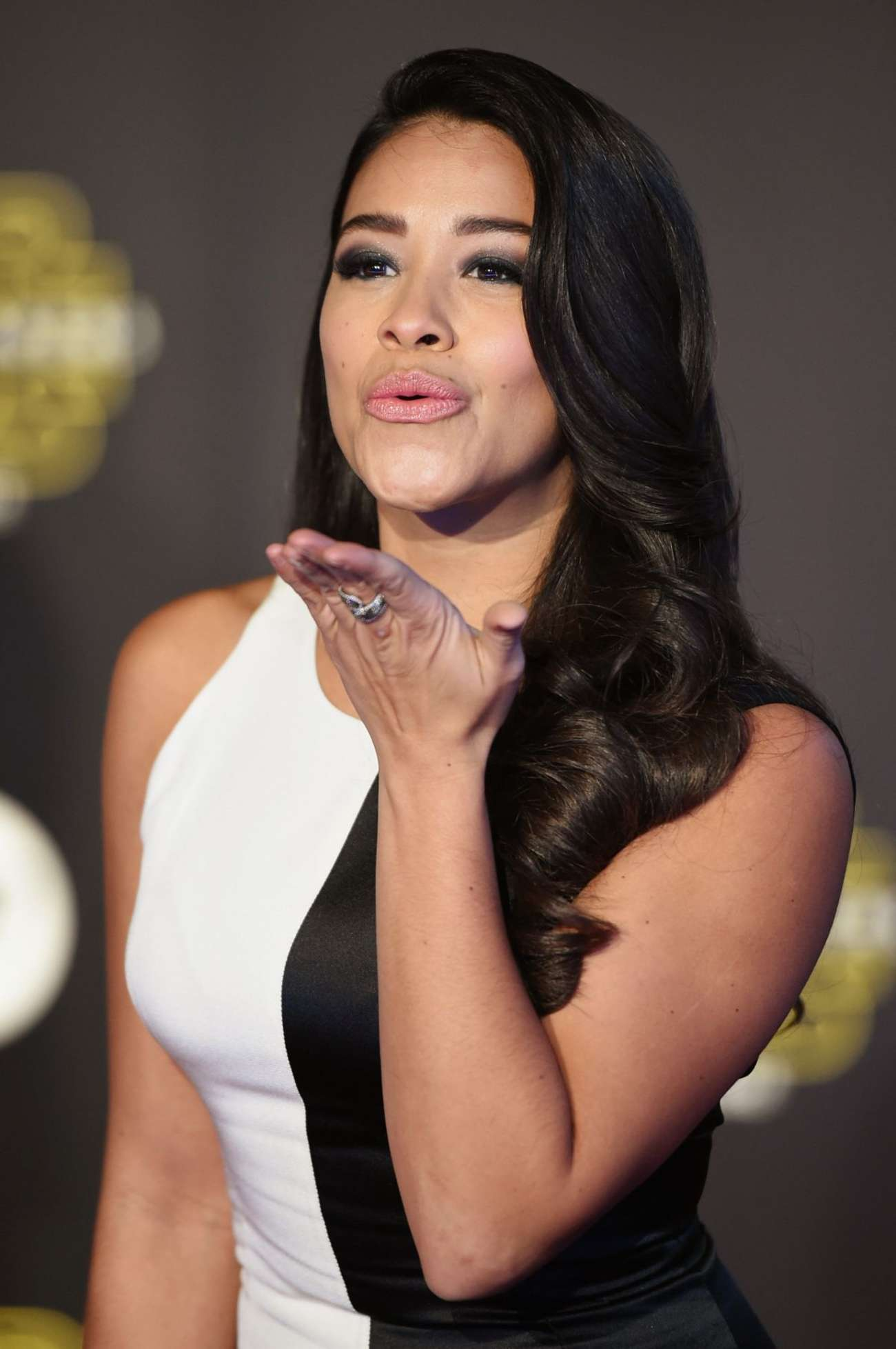 Gina Rodriguez Star Wars The Force Awakens Premiere