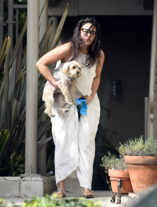 Gina Rodriguez – Walks her dog in Venice