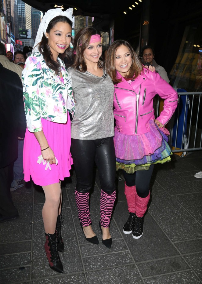 Ginger Zee Rachel Smith And Paula Faris At Good Morning America