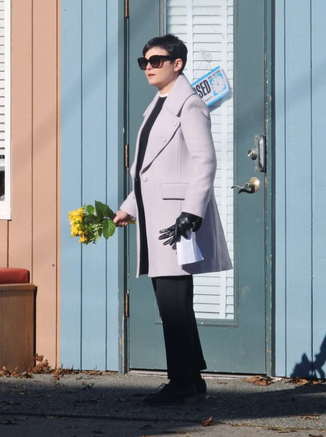 Ginnifer Goodwin on the set of 'Once Upon A Time' in Vancuver
