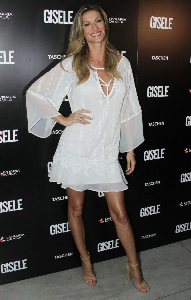 Gisele Bundchen - 20 year Career Commemorative Book Launch in Sao Paulo