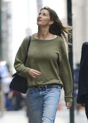 Gisele Bundchen in Jeans Out in New York