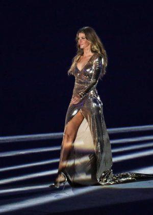 Gisele Bundchen – Opening Ceremony of the Rio 2016 Olympic Games in ...  Gisele Bundchen