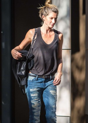 Gisele Bundchen in Tight Jeans Out in NY
