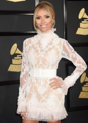 Giuliana Rancic - 59th GRAMMY Awards in Los Angele