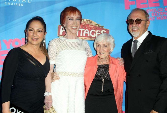 Gloria Estefan: On Your Feet Premiere -10