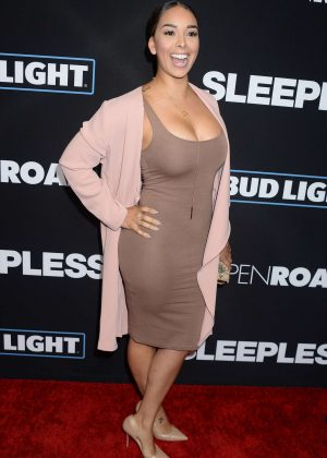 Gloria Govan - 'Sleepless' Premiere in Los Angeles
