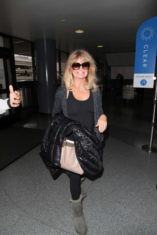 Goldie Hawn at LAX International Airport in Los Angeles