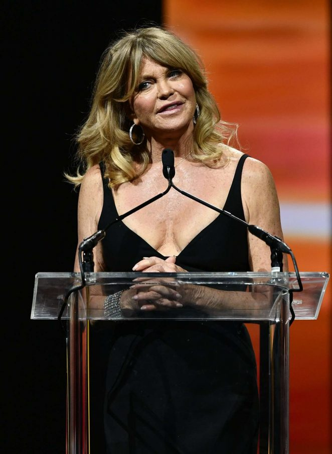 Goldie Hawn - Big Screen Achievement Awards at 2016 CinemaCon in Las Vegas