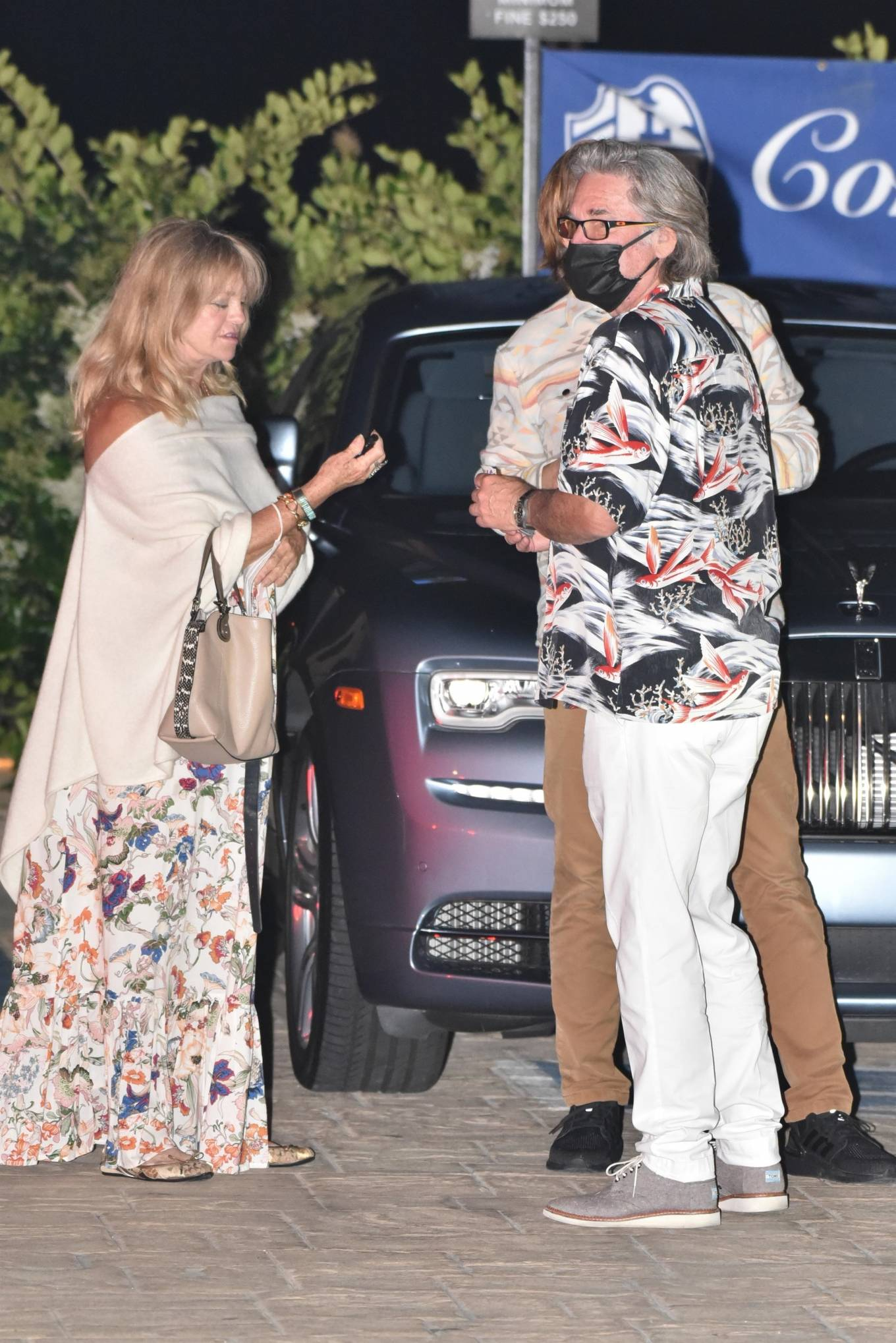 Goldie Hawn 2020 : Goldie Hawn – Out for dinner in Malibu-04