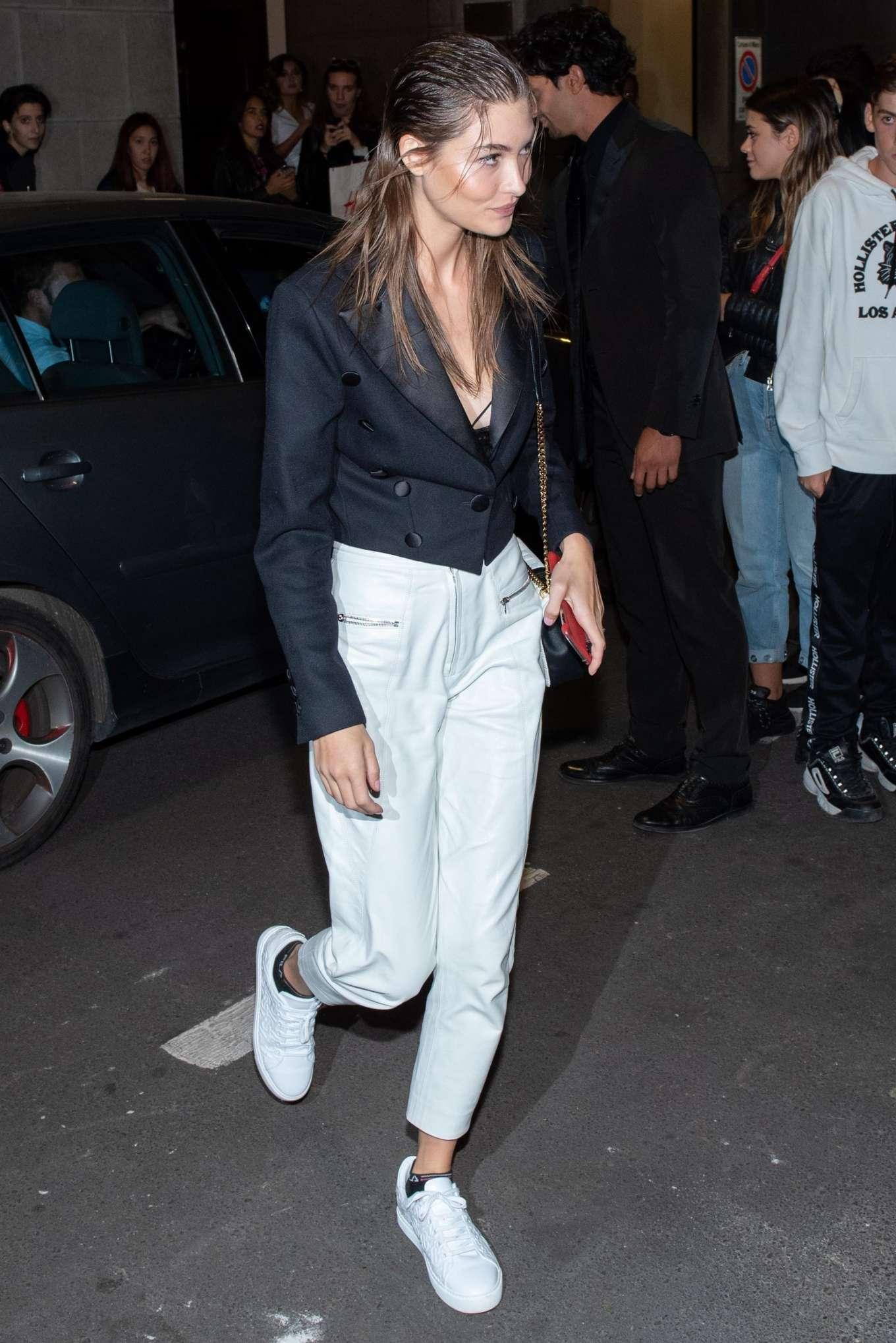 Grace Elizabeth - Arrives at Versace Show in Milan