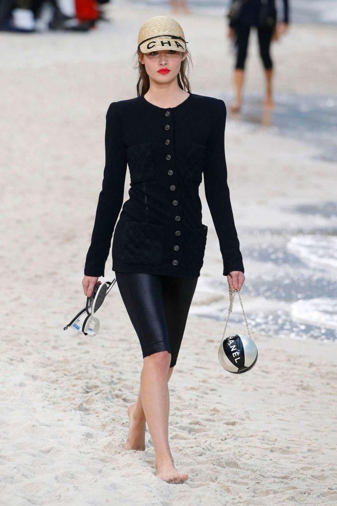 Grace Elizabeth - Chanel Runway Show in Paris