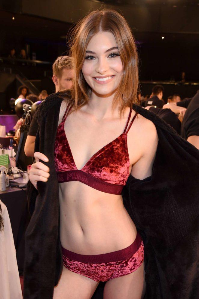Victoria secret london fashion show