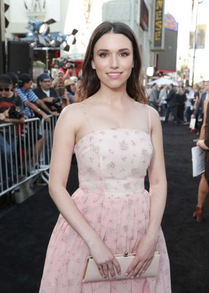 Grace Fulton - 'Annabelle: Creation' Premiere in Los Angeles