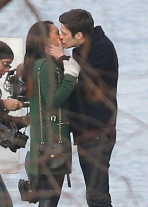 "Grant Gustin and Candice Patton Share a Kiss While Filming ""The Flash"" in Vancouver"