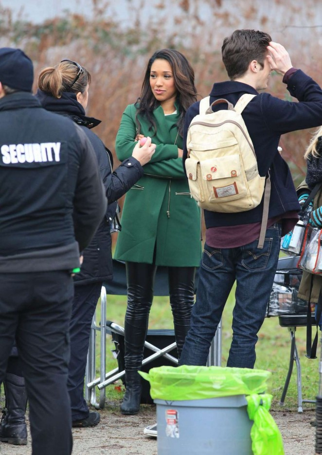 Grant Gustin And Candice Patton Share A Kiss On The Flash Set 22