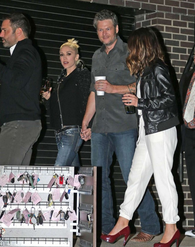Gwen Stefani and Blake Shelton at CMA After Party -04