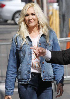 Gwen Stefani - Arriving at Jimmy Kimmel Live! in LA