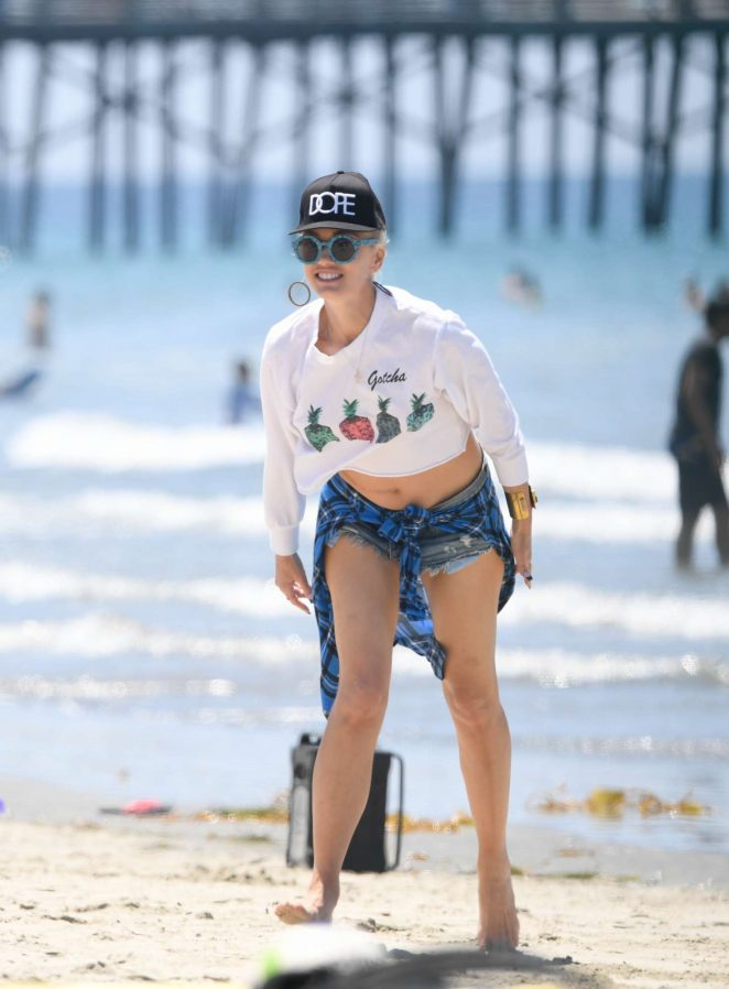 Gwen Stefani at a beach in Los Angeles
