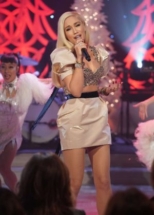 Gwen Stefani at The Talk Show in Los Angeles