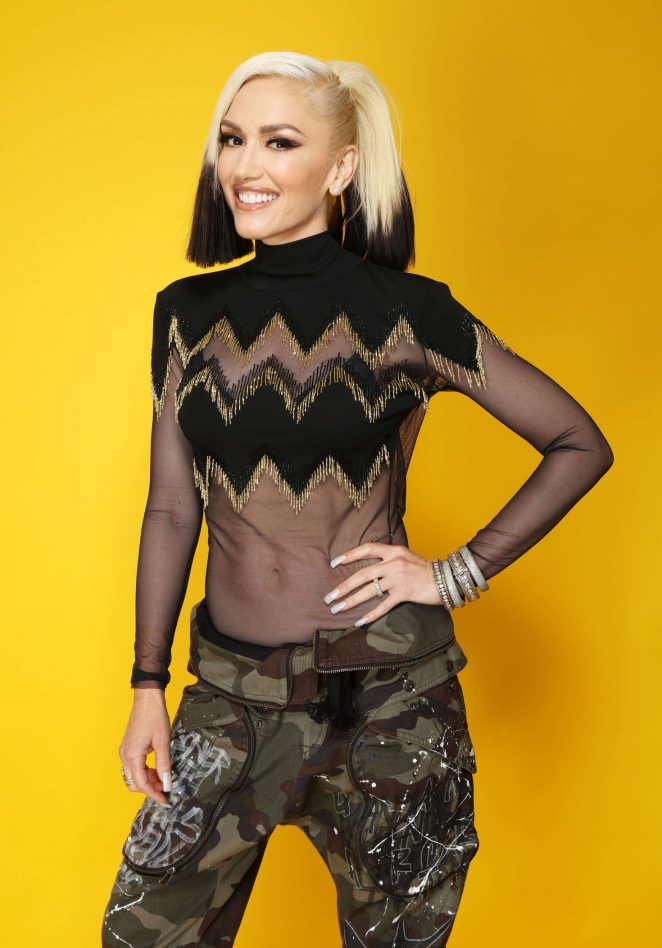 Gwen Stefani: Backstage Portrait Studio at 102 7 KIIS FMs 2016 Wang Tango Concert -03