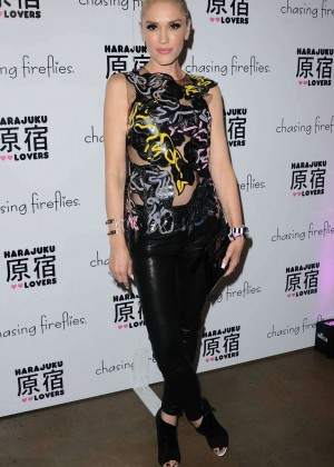 Gwen Stefani - Harajuku Lovers Fall Fashion And Accessory Line For Girls in LA