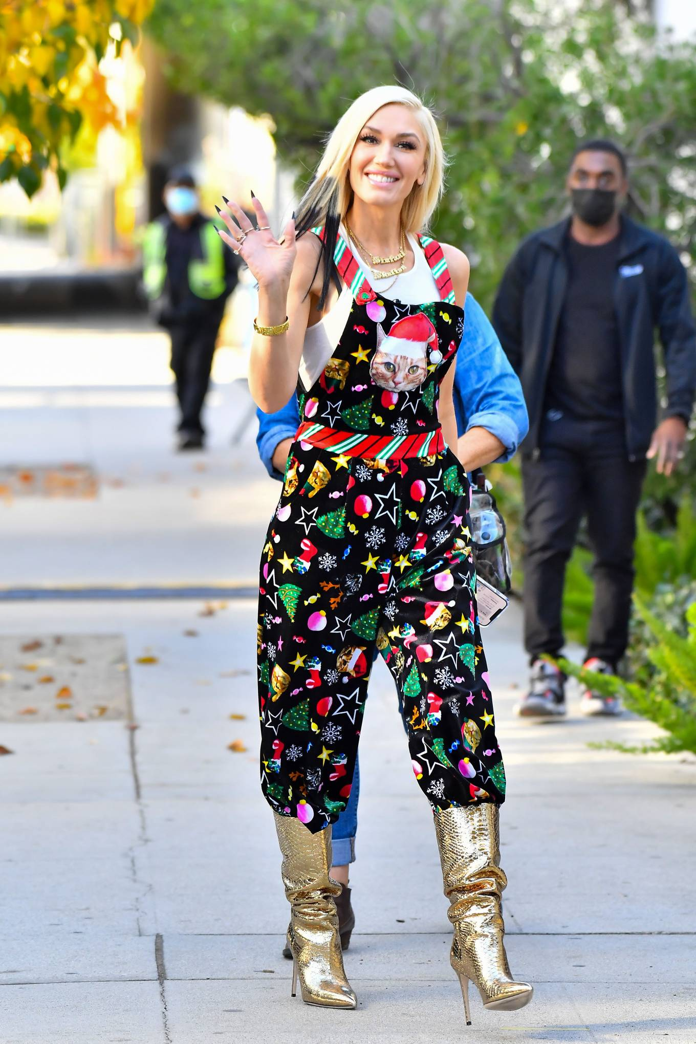 Gwen Stefani - In a christmas jumpsuit going to a studio in Santa Monica