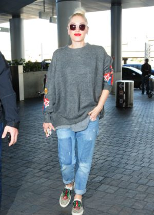 Gwen Stefani in Jeans at LAX Airport in Los Angeles