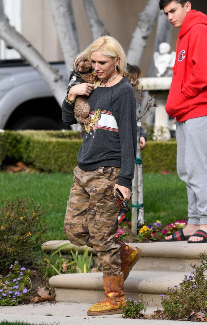 Gwen Stefani in Military Pants - Out in Los Angeles