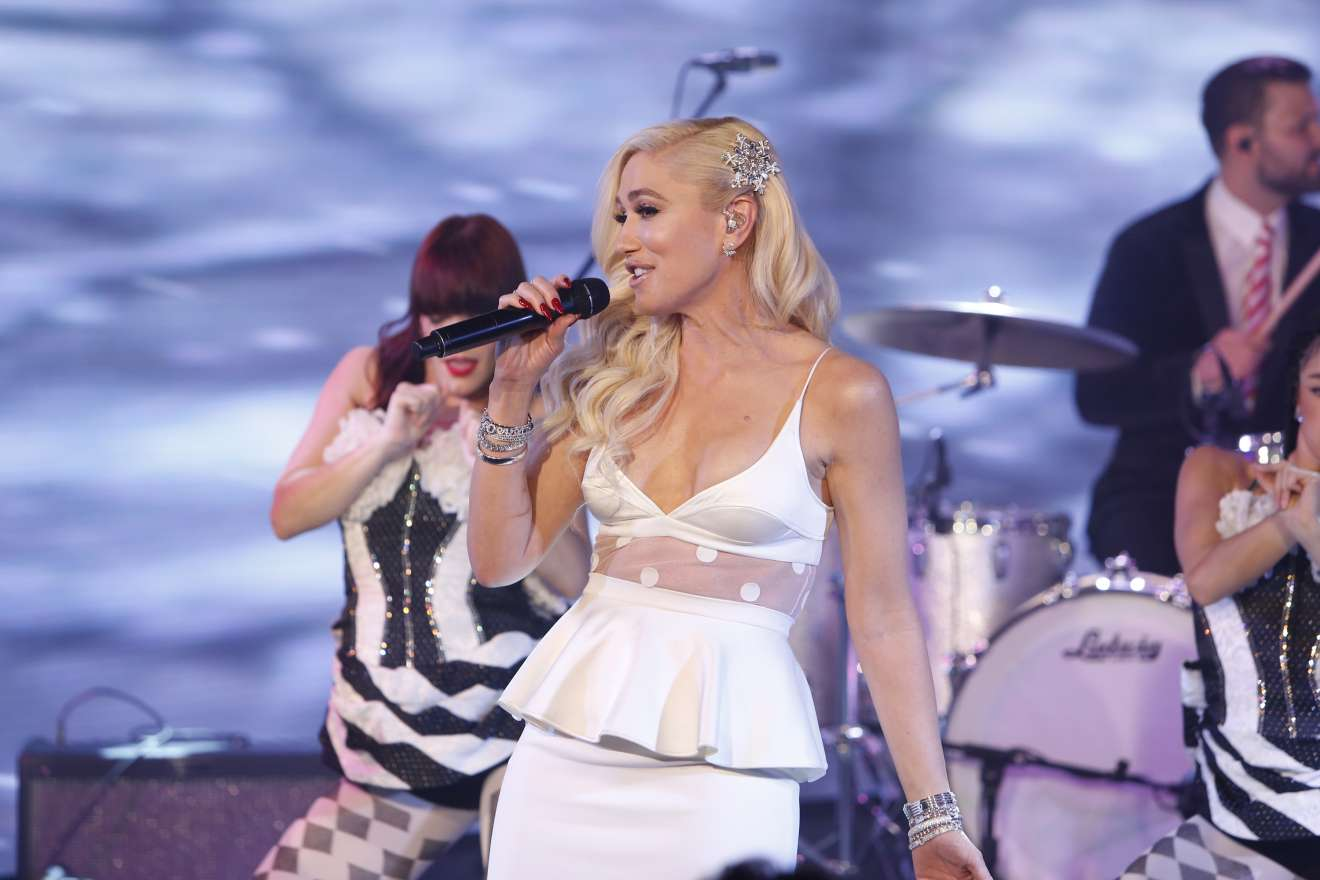 Gwen Stefani – Jimmy Kimmel Live in Hollywood