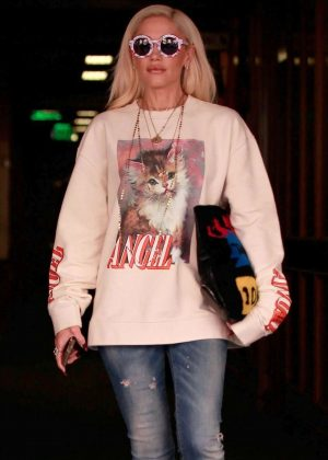 Gwen Stefani - Leaves a medical building in Beverly Hills