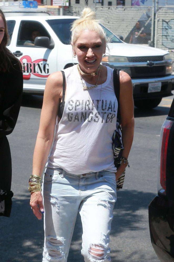 Gwen Stefani - Leaving the Museum Of Ice Cream in Los Angeles