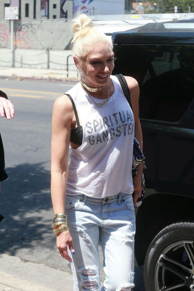 Gwen Stefani: Leaving the Museum Of Ice Cream -07