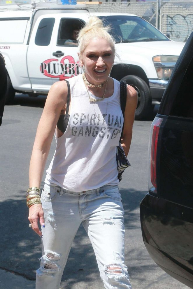 Gwen Stefani: Leaving the Museum Of Ice Cream -12